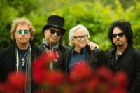 TOTO announce NZ tour